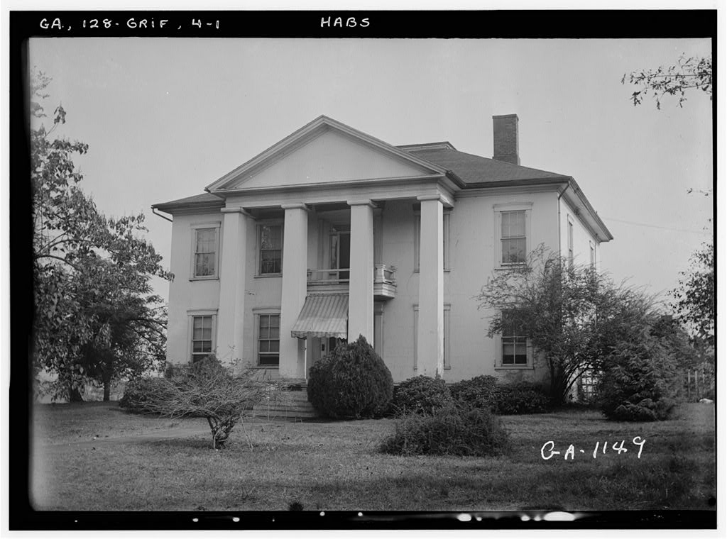 old photo of Lewis-Mills House